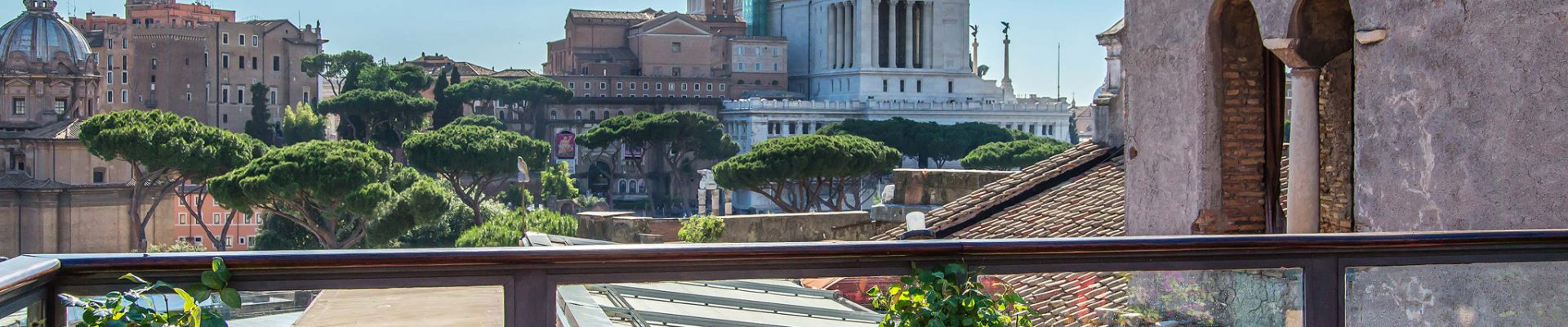 roof-garden-hotel-forum-american-bar-04